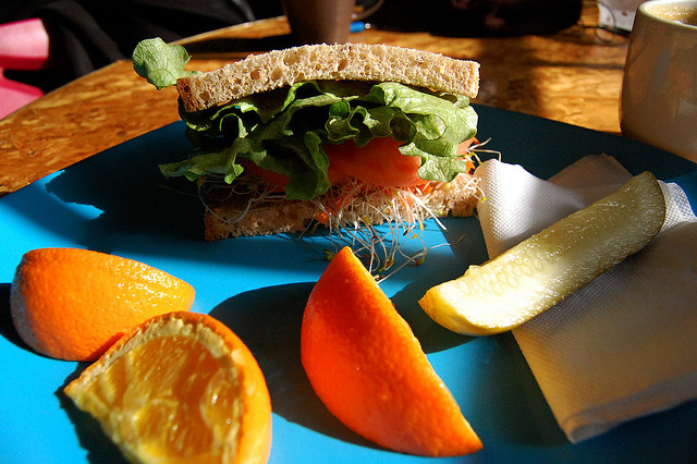 healthy sandwich and fruit