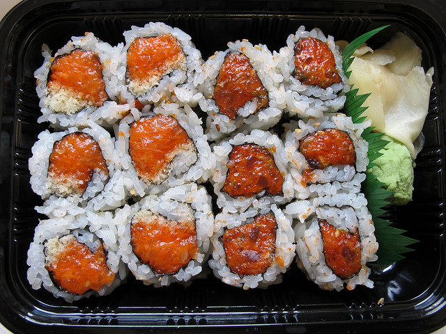 spicy tuna rolls takeout